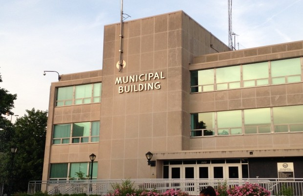 Proposed Ordinance Would Raise Aldermanic Pay Slightly