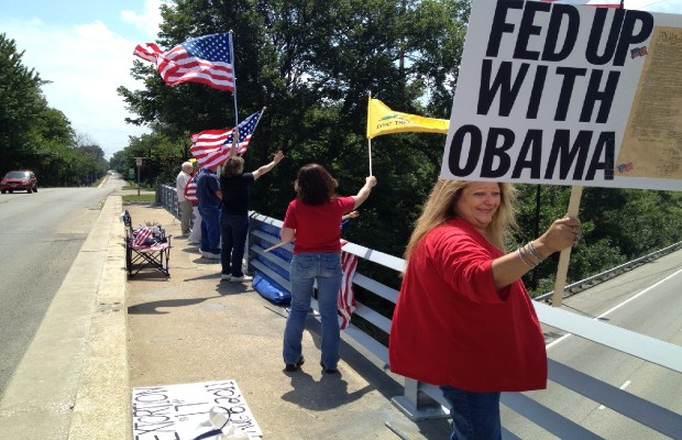 """""""Overpasses for Obama's Impeachment"""" Hits Springfield"""