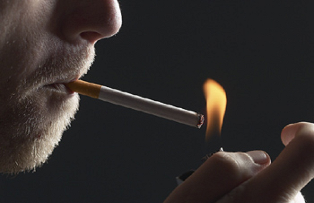 Bill Aims to Make it Illegal to Smoke in a Car with Kids