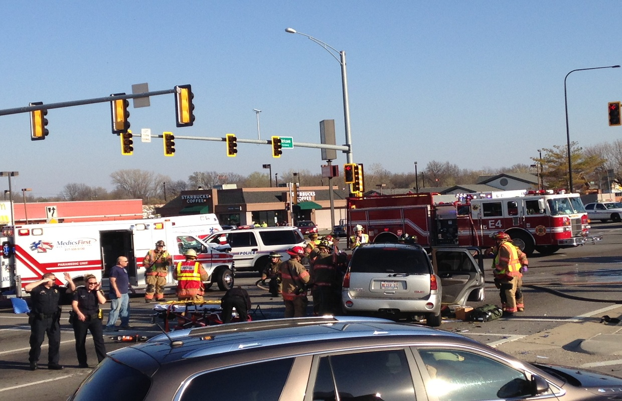Multiple Accidents on Dirksen Injure Seven, Two Critically