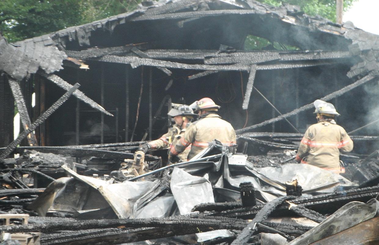 Fire Destroys Garage on City's North Side